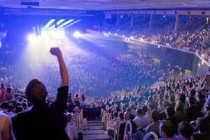 EC1_concert_crowd